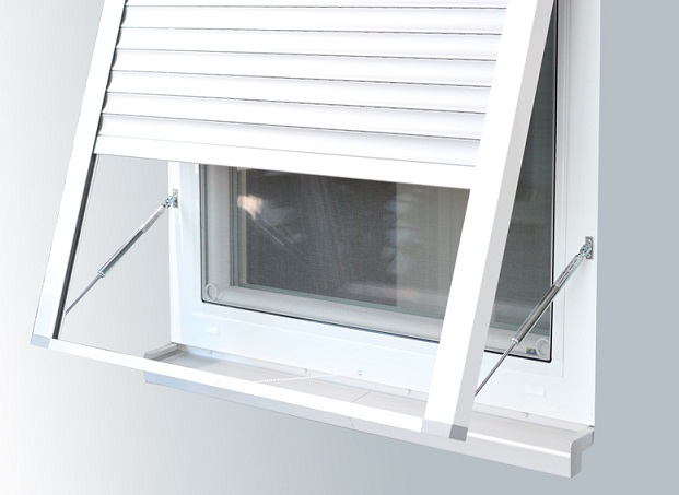 Outside Installing Outdoor Blinds